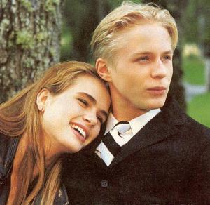 """Johan Widerberg och Lina Englund har huvudrollerna i """"Rapport till himlen"""". """"Det gick jättebra att spela mot Lina. Vi gillar varandra"""", säger Johan."""